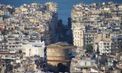 Vegan travel in Thessaloniki, Greece - a mix of old and new