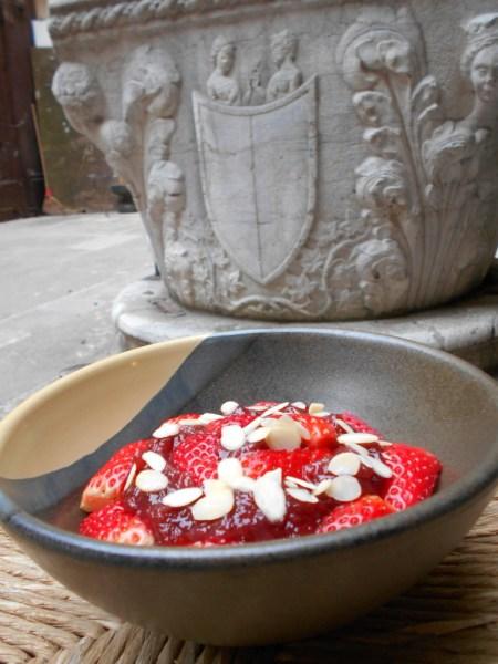 Avena Fragola alla Veneta (Venetian-style Strawberry Oatmeal)