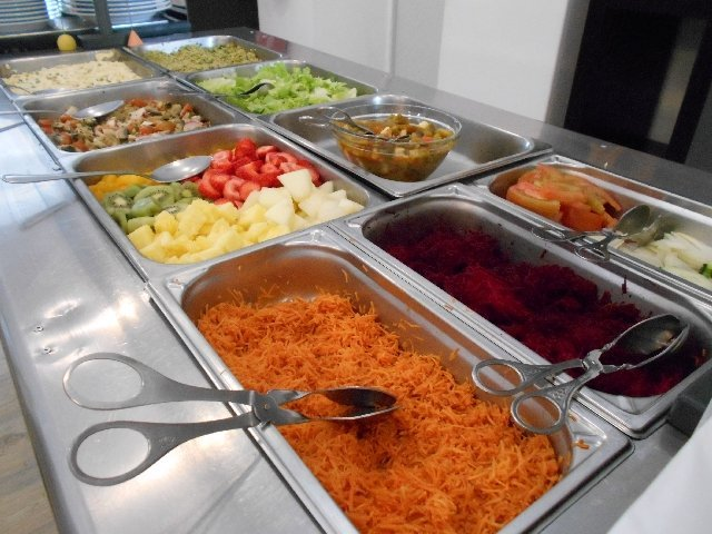 The cold buffet at Salsa Verde