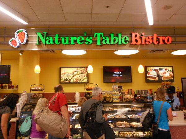 Nature's Table Bistrot - vegan food in the Atlanta Airport