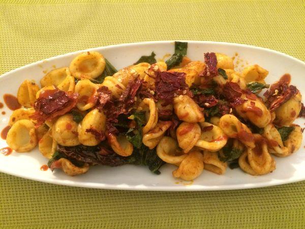 Orecchiette con cime di rapa - vegan Italy