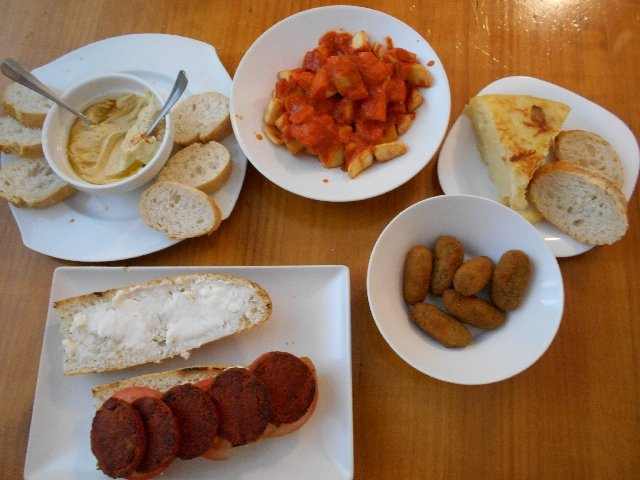 B13 Bar - vegan guide to Madrid