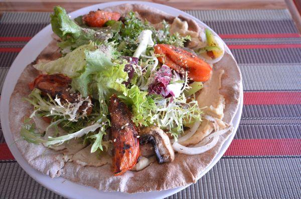 Vegan pizza - Vegan Planet  Cancún Mexico