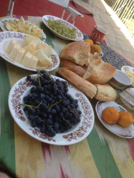 Uzbek freakfast - how to be vegan on the Mongol Rally
