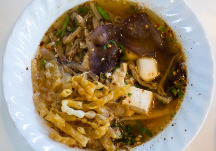 Tom Yum soup - vegan food court in Bangkok - vegan travel in Thailand