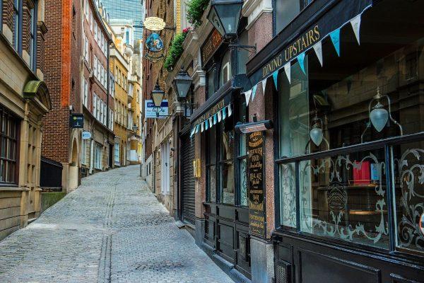 Vegan Tours - city streets
