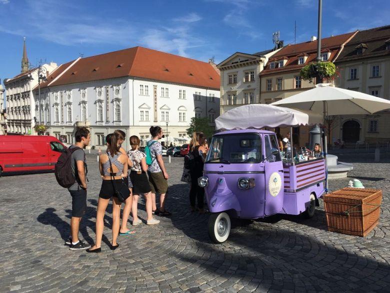Tutti frutti truck - vegan food Brno