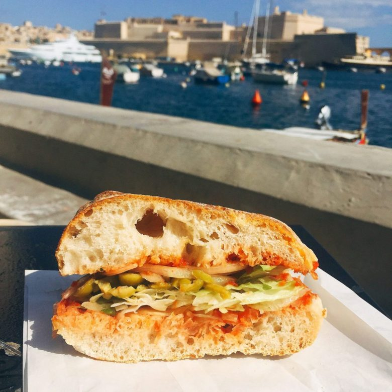 Hobz biz zejt - a vegan Maltese sandwich