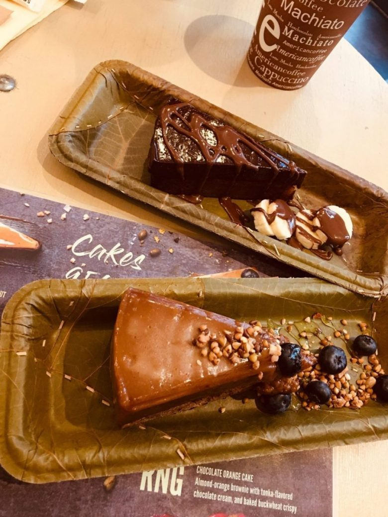 The best vegan Budapest desserts are at Gelarto Bistro