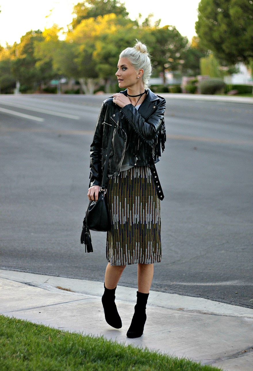 fringe-jacket-fall-style-fall-outfit-las-vegas-blogger-the-nomis-niche-lindsey-simon-3