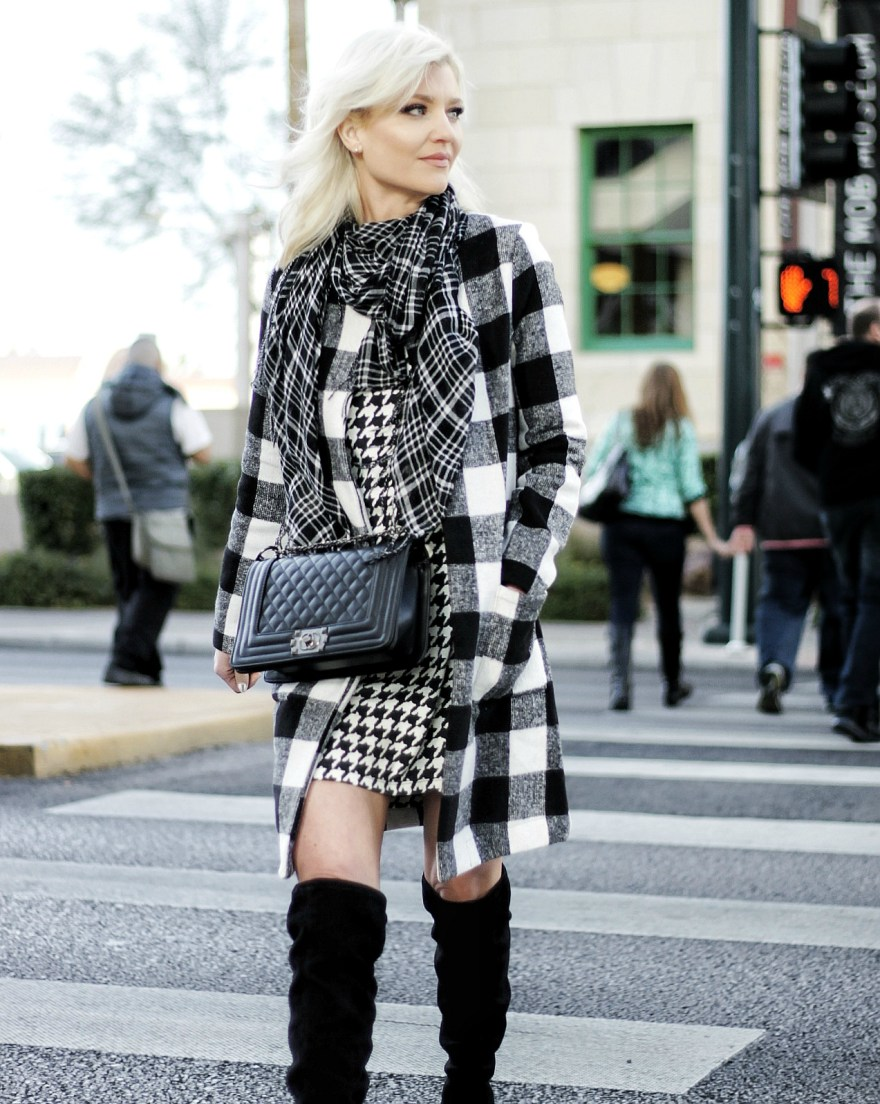 mixing prints, how to mix prints, over the knee boots, checkered coat, houndstooth, black and white outfit, winter style, winter fashion, fashion blogger, las vegas