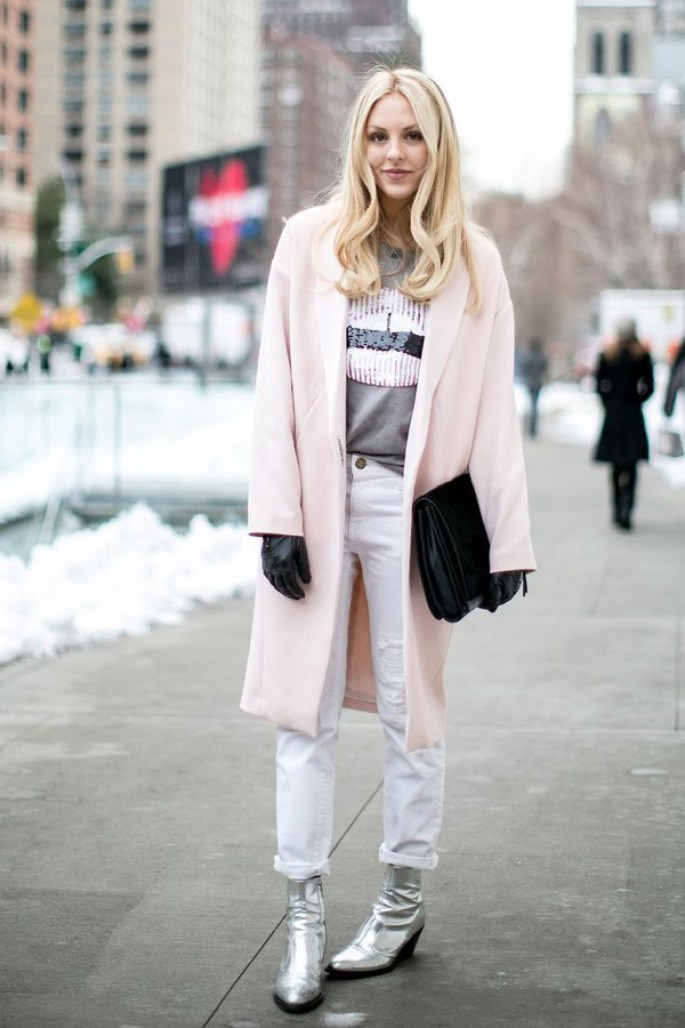 silver booties, metallic booties, fall 2017, winter 2017, fall style, fall fashion, pink coat, winter style, silver booties, street style, fashion week, outfit Inso, how to wear