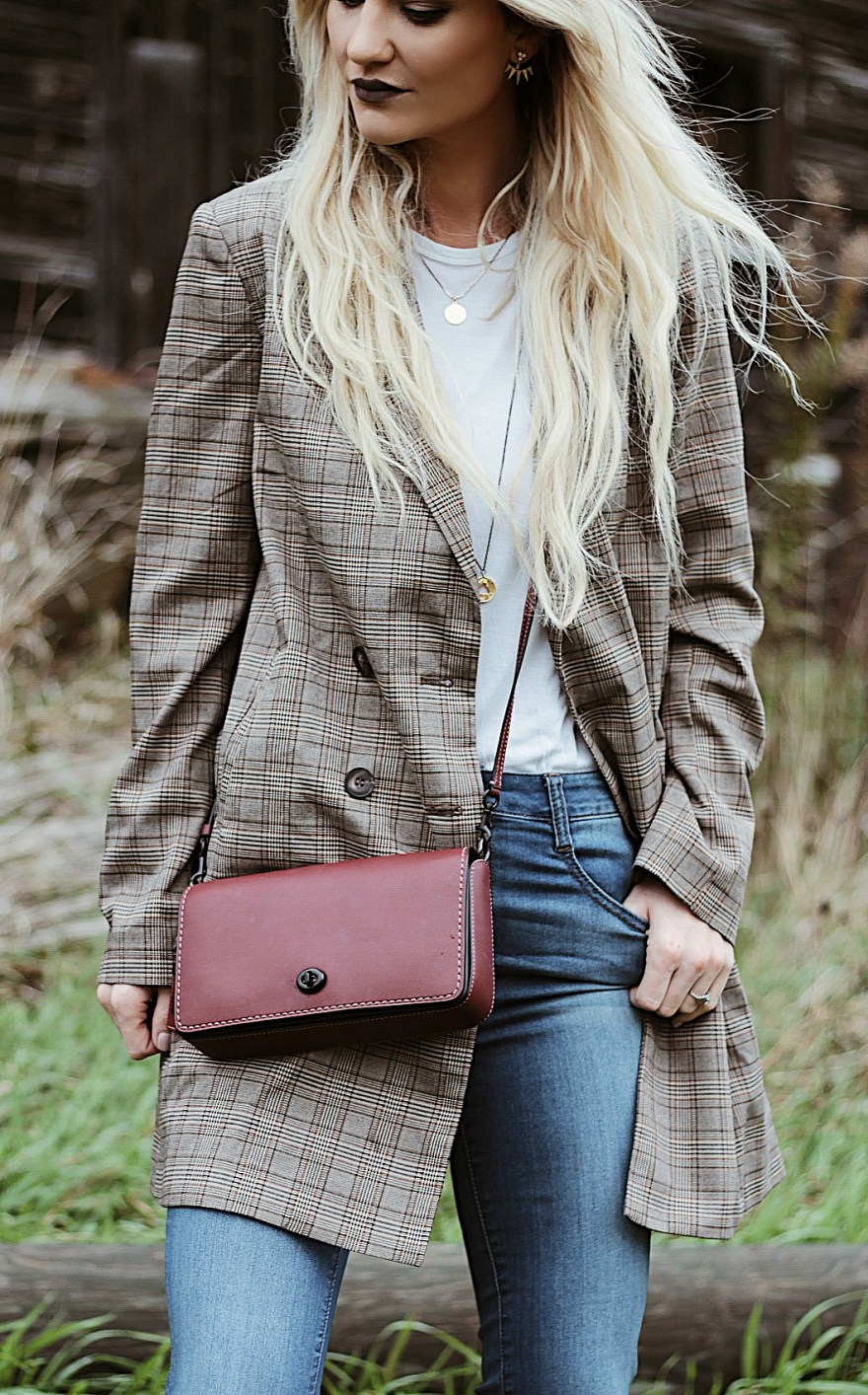 plaid jacket, coach purse, coach, dinky bag, how to wear, outfit, Burgundy purse, ootd, outfit inpso, outfit inspiration, outfit ideas, fall outfit, fall style, fall fashion, fall trends, fall trends 2017, blonde hair, blonde melt, fashion blogger, beauty blogger, the noms niche, Las Vegas beauty blogger, flare jeans, Lindsey Simon