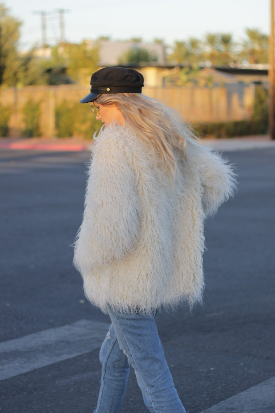 faux fur, h&m, forever21, vans, oldskool, baker boy hat, blogger, fashion blogger, fashion, style, fall style, fall fashion, fall outfit, winter, outfit, inspiration, ootd, causal style, casual outfit, edgy, edgy winter outfit, ripped Jeans, tomboy, yellow lenses, yellow sunglasses, asos, the noms niche, las vegas blogger, lindsey simon