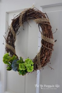 Make this faux succulent wreath craft in just a few minutes! Tutorial from The No Pressure Life
