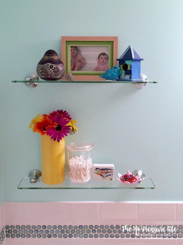Kids Bathroom Shelf Decor Idea