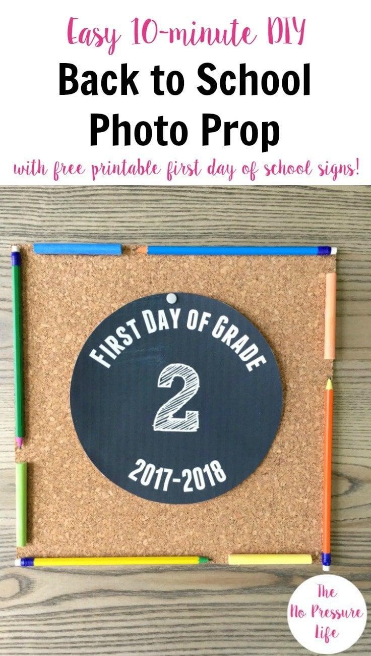 Make A Back To School Photo Prop Plus Free Printable