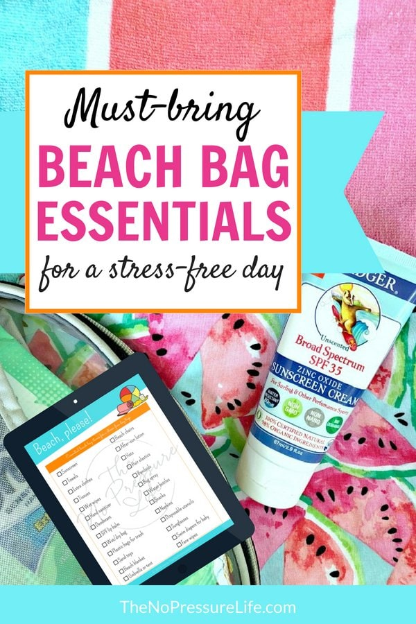 What to bring to the beach - free printable packing checklist for a day trip with kids.