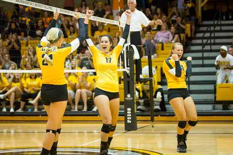 Norse volleyball goes 2-1 at Cougar Classic