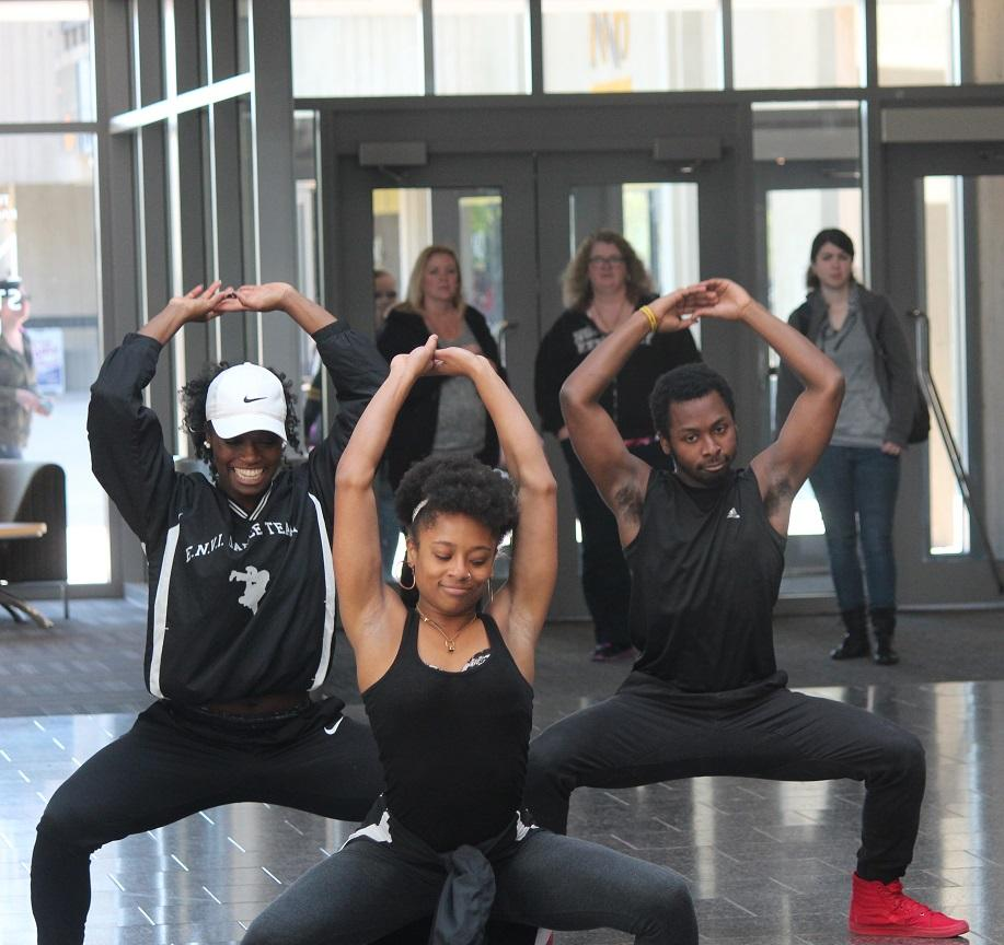 Even with only 4 of the teams dancers to participate in the flash mob, ENVI still captures the crowd with upbeat dance moves and high energy. Dance captain, Valencia Stallings, and team members, Rhonisha Gentry, and Marquise Howie showcases ENVI dance team in the Student Union lobby.
