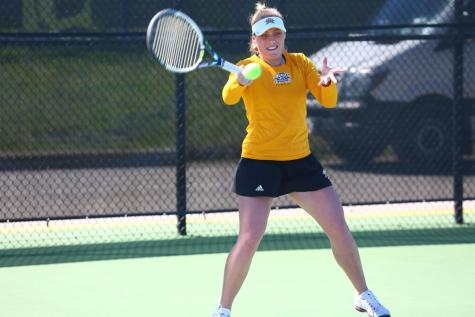 Norse tennis storms through competition into conference tournament