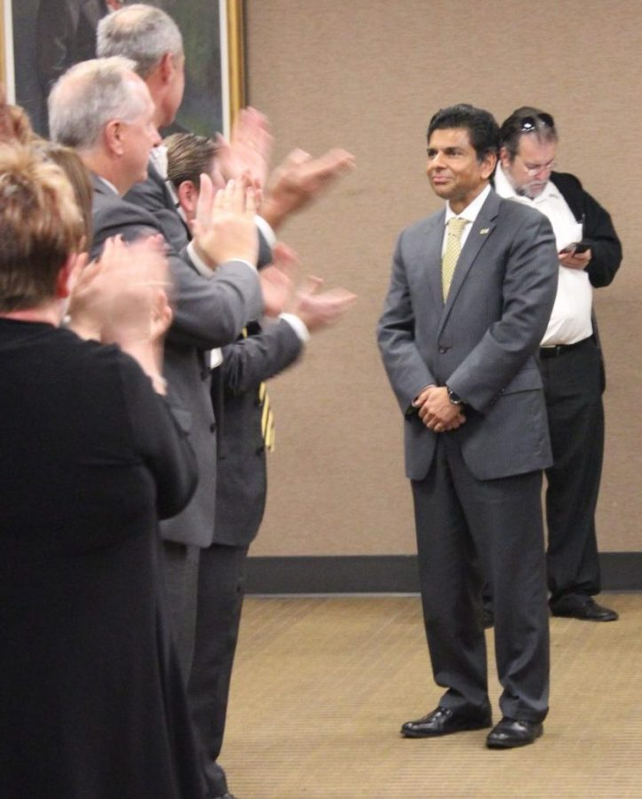 Board+of+Regents+meeting+attendants+applaud+as+Dr.+Ashish+Vaidya+is+voted+NKU%27s+next+president.