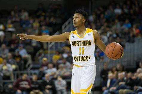 McDonald, Williams score over 20 in loss to UMBC