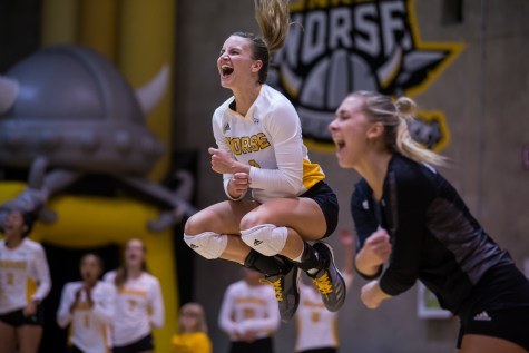 Norse volleyball season ends with first round tourney loss