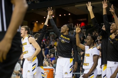 Green Bay opens title defense with win over NKU