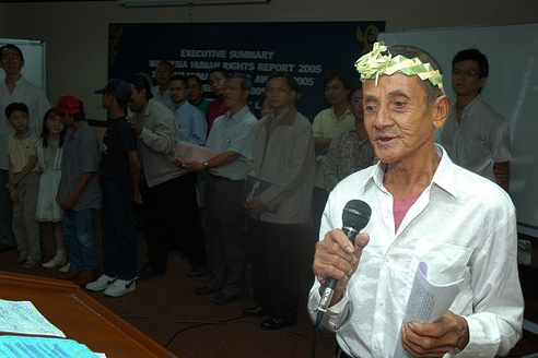 Sagong Tasi at a Human Rights Day event in 2005