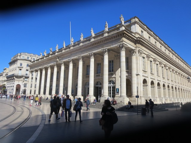 The ever-amazing Grand-Théâtre. Can't wait to see an opera here!