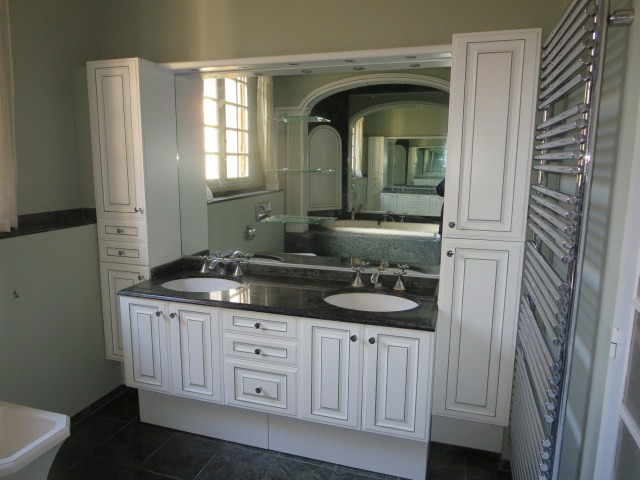 The vanity. Not bad for most, but it's gotta go!