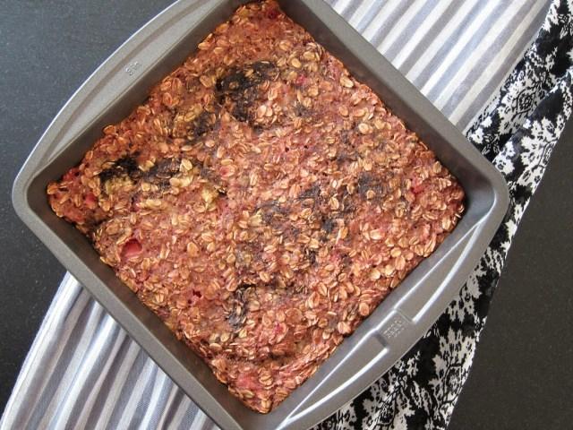 neapolitan-baked-oatmeal-25288-2529
