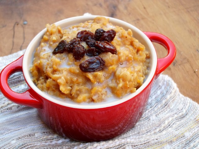 sweet-potato-gingerbread-oatmeal-1-