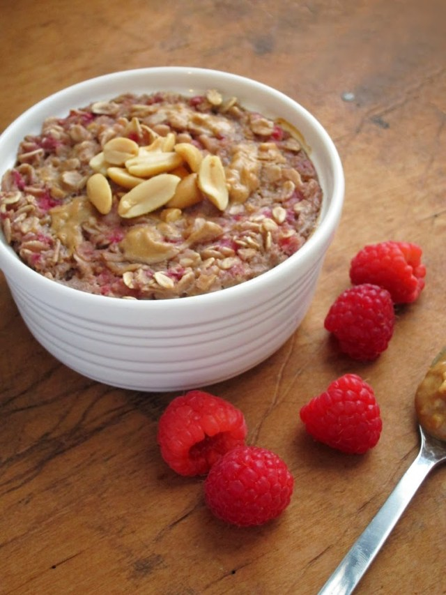 peanut-butter-berry-baked-oatmeal-25284-2529
