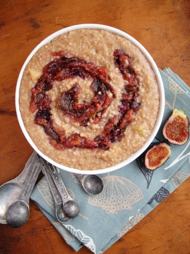 stewed-fig-and-apple-steel-cut-oatmeal-25283-2529