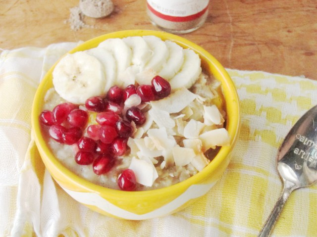 Banana Mango Cardamom Oatmeal