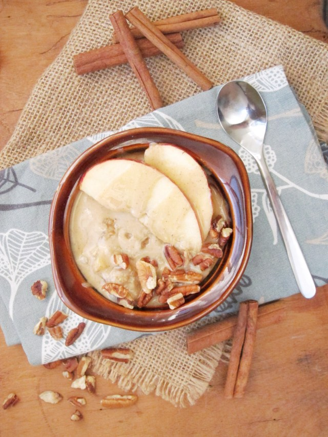 Apple Oatmeal with Tahini and Honey #oatmealartist