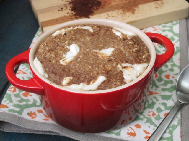 Banana Spice Cake Baked Oatmeal with Cream Cheese #oatmealartist