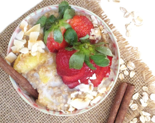 Chai-Spiced Pineapple Oatmeal #vegan