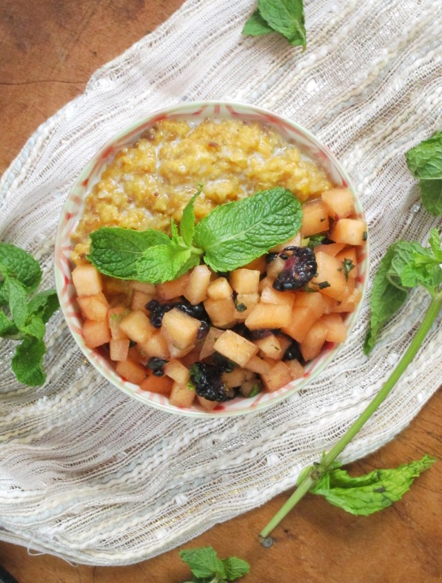 Cantaloupe Date Oatmeal with Mint-Melon Relish #Vegan