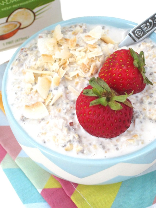 Coconut Lychee Overnight Oatmeal #OatmealArtist #Vegan
