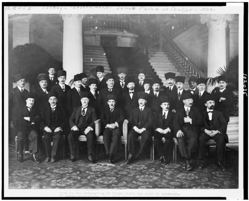 Delegation_of_Turks_which_was_sent_to_Lausanne