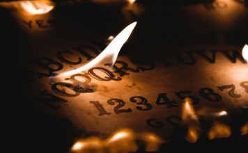 19 Terrifying Stories of People Who Played With Ouija Boards and Lived To Regret It