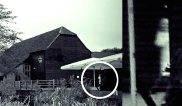 The 10 Most Famous Ghost Pictures Ever Taken and The History Behind Them