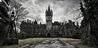 7 Hauntingly Beautiful Abandoned Castles Around The World