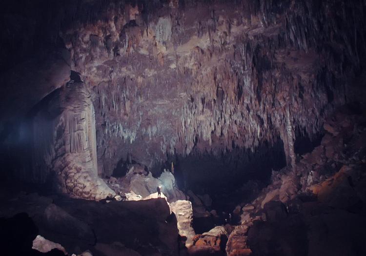 Underworld: 5 passerelles légendaires vers l'enfer que vous pouvez réellement visiter