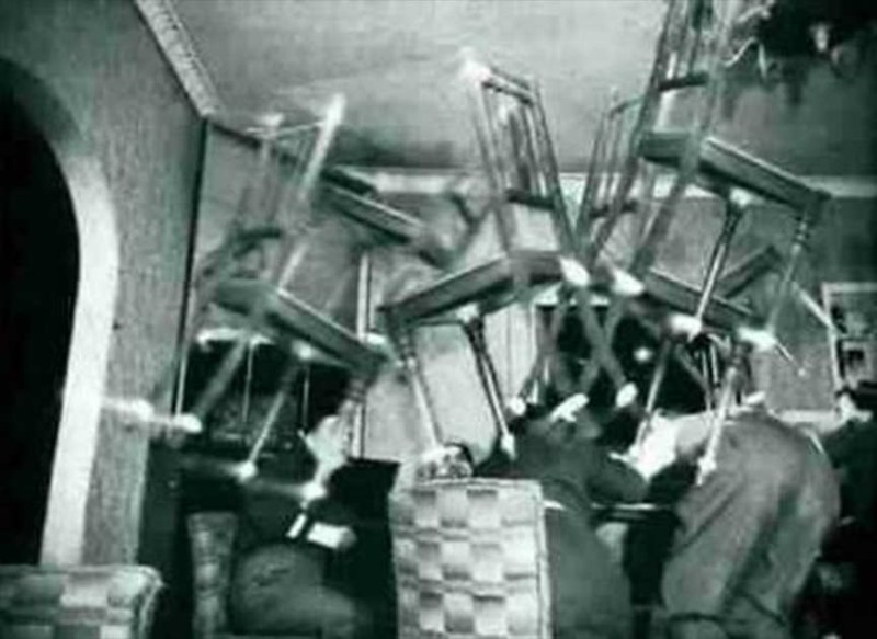 5 cas de violents poltergeists qui ont choqué le monde