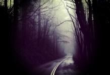 5 Disturbing Trucker Stories From the Creepy Back Roads