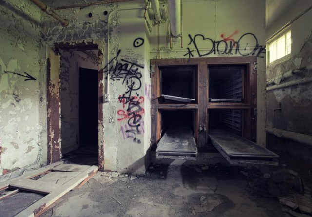 10 Locations with Violent Pasts that are Terrorized by Ghosts